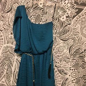 NWOT off shoulder dress